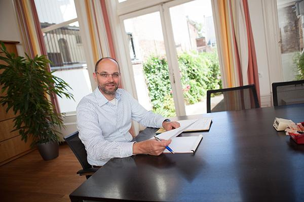 Mr. M. De Vries